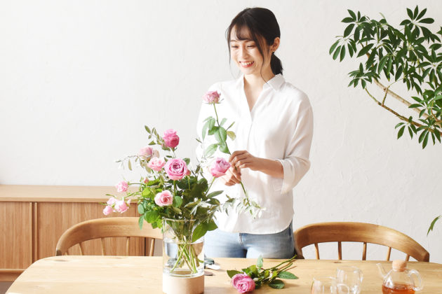 お花のサブスク「ハナノヒ」に、 お届けスタイルの新サービスが登場 お花のサブスクリプションサービス 「ハナノヒ 365days」提供開始 〜「毎日を彩るライフスタイル」をお届け〜
